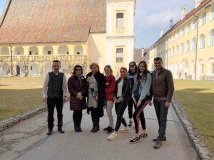 HKHK õpetajad ja õpilased Austrias teenindust õppimas